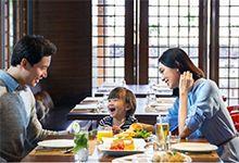 """华夏信用卡五星级酒店自助餐""""两人同行,一人免单"""""""